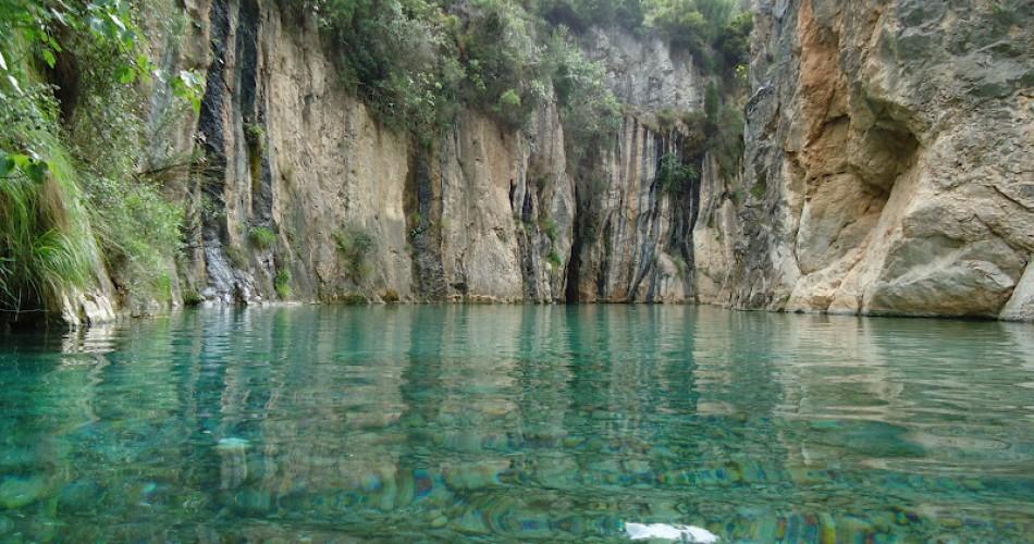 10 piscinas naturales cerca de valencia for Hoteles cerca de piscinas naturales